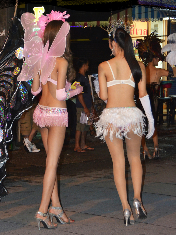 Sexy Thai chicks or ladyboys?